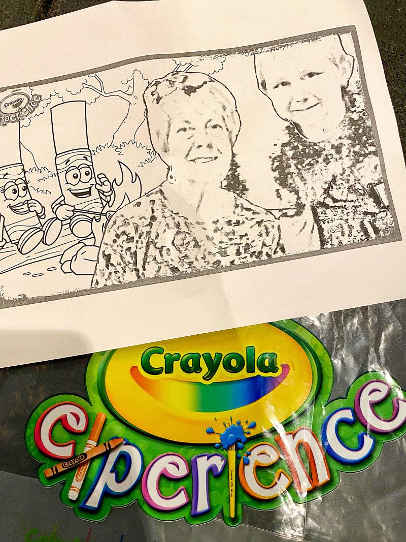 crayola experience selfie